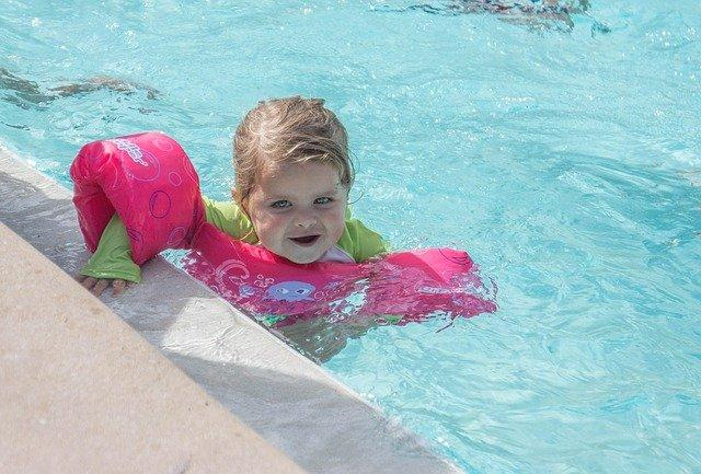 Pool safety for kids! This is how you keep it safe for children