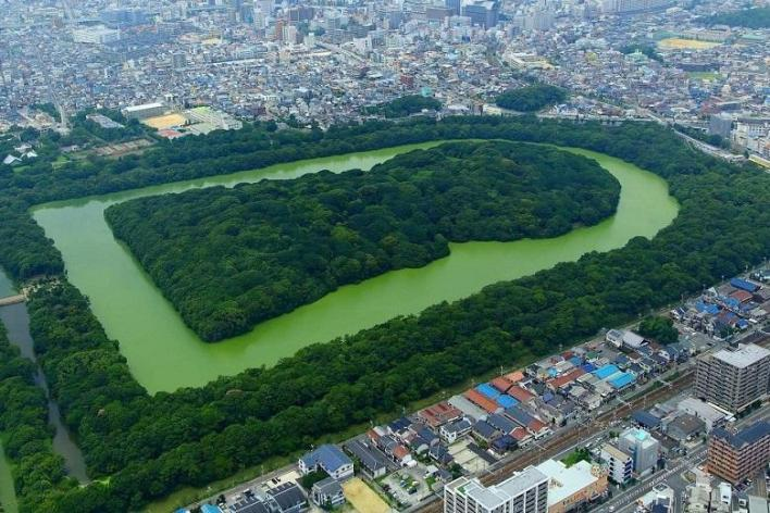 Keyhole tombs: What ancient Japanese burial mounds hide