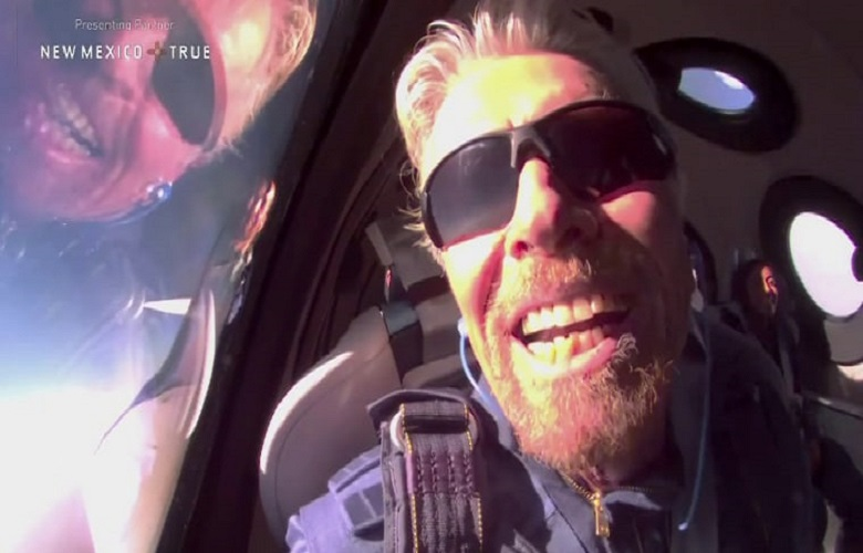Richard Branson, first billionaire who made a trip into space - video