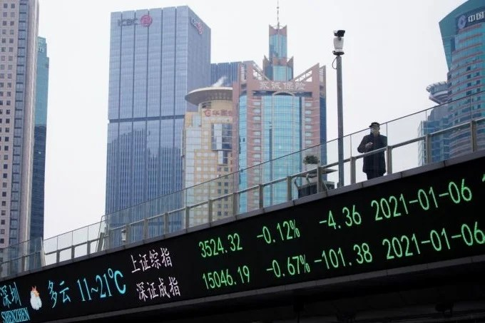Chinese market watchdog stops 42 IPOs after investigation