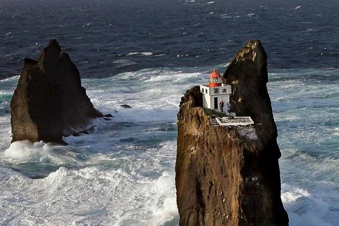 Thridarangar lighthouse: world's most distant ocean lighthouse