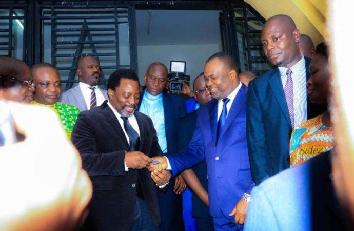 Manœuvres autour de la loi sur la répartition des sièges : le nouveau plan de Kabila pour s'accrocher au pouvoir