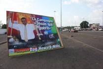 Une grande campagne d'affiche à Yamoussoukro pour cet évangliste / Posters of this evangelist were everywhere in Yamoussoukro