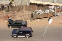 Le ramassage des ordures représente un gros défi à Yaoundé / Garbage collection is a big challenge in Yaoundé