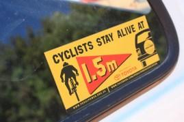 La pratique du vélo se développe mais il manque encore de pistes cyclables / Cycling is becoming more popular but it still lacks bikeways