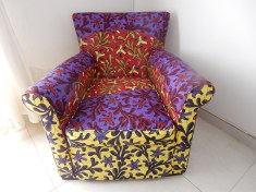 chair-floral-red-blue-yellow