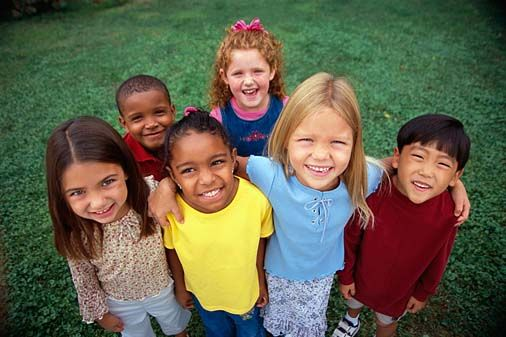 concepto-de-raza-ninos-afrofeminas