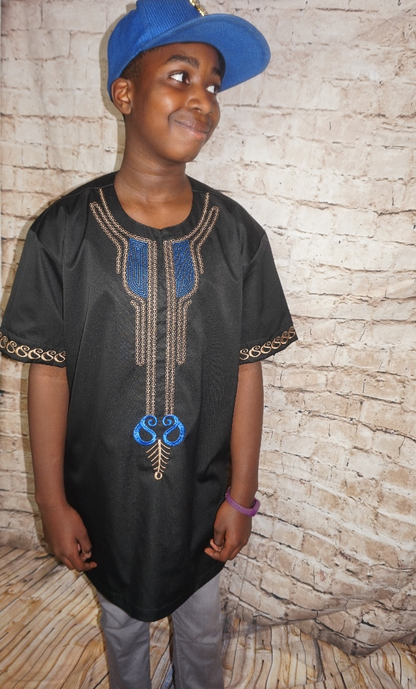 Black African style shirt with embroidery