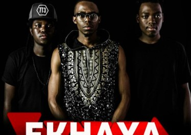 Colours of Sound SA feat. Sandile - Ekhaya (Original)