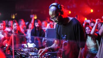 Black Coffee - Mixing DJ Sessions (17-11-2018), deep house music, afro house mix