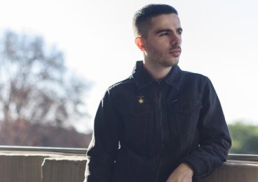 "Jullian Gomes - ""Kinda Home, Kinda Not"" Top 10 October 2020"