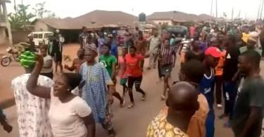 Residents Of Ekiti State Protest Over Herdsmen Killing Of Two Farmers