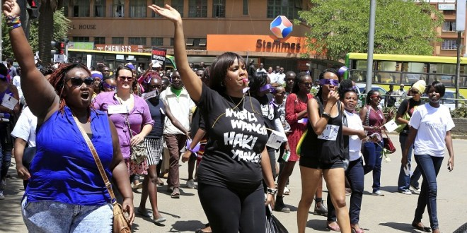 #TBT:MORE WOMEN PROTEST FOR LACK OF MEN TO MAKE THEM PREGNANT