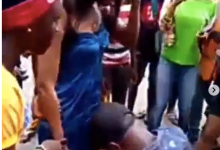 Photo of Man breaks down in tears after woman rejected his proposal in public (video)