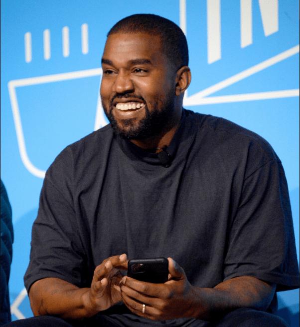 Kanye West annonce son intention de briguer la présidence en 2024