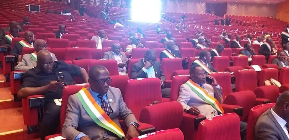 Côte d'Ivoire Le projet de loi portant révision de la constitution définitivement adopté à Yamoussoukro