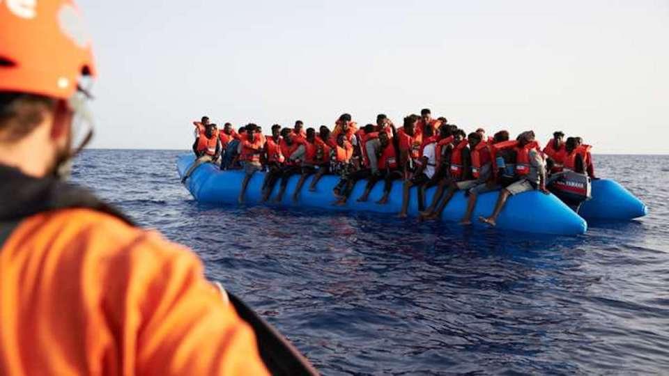 """Londres demande à Paris de garder ses migrants """"qu'ils restent en France"""""""