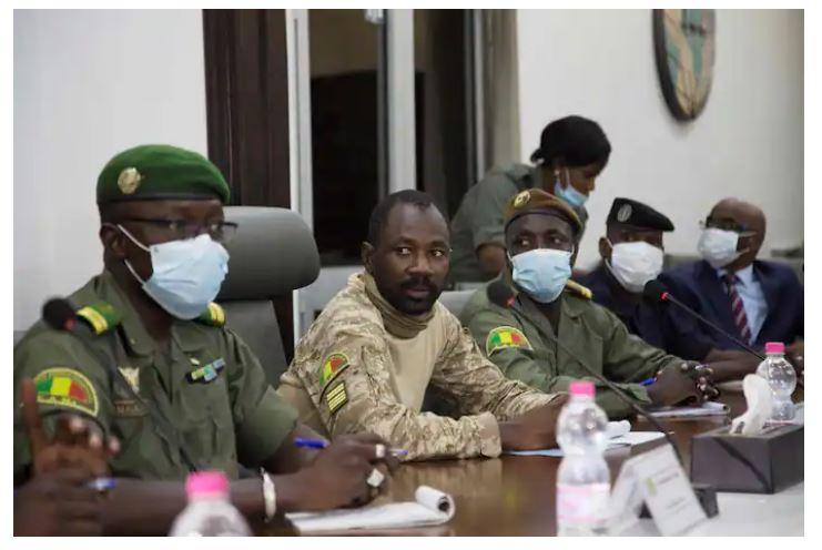 Coup d'Etat au Mali: Le colonel Assimi Goïta destitue le président de la transition et son Premier ministre et reprend le pouvoir