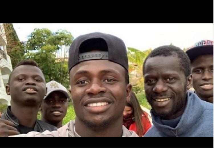 """Sénégal - SADIO Mané : """"Je n'aime pas me faire voir, je voulais être footballeur, pas une vedette"""""""