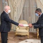 Tunisie: L'ambassadeur de Côte d'Ivoire Ibrahim Sy Savané et d'autres ambassadeur subsahariens présentent leurs lettres de créance au président Kais Saied