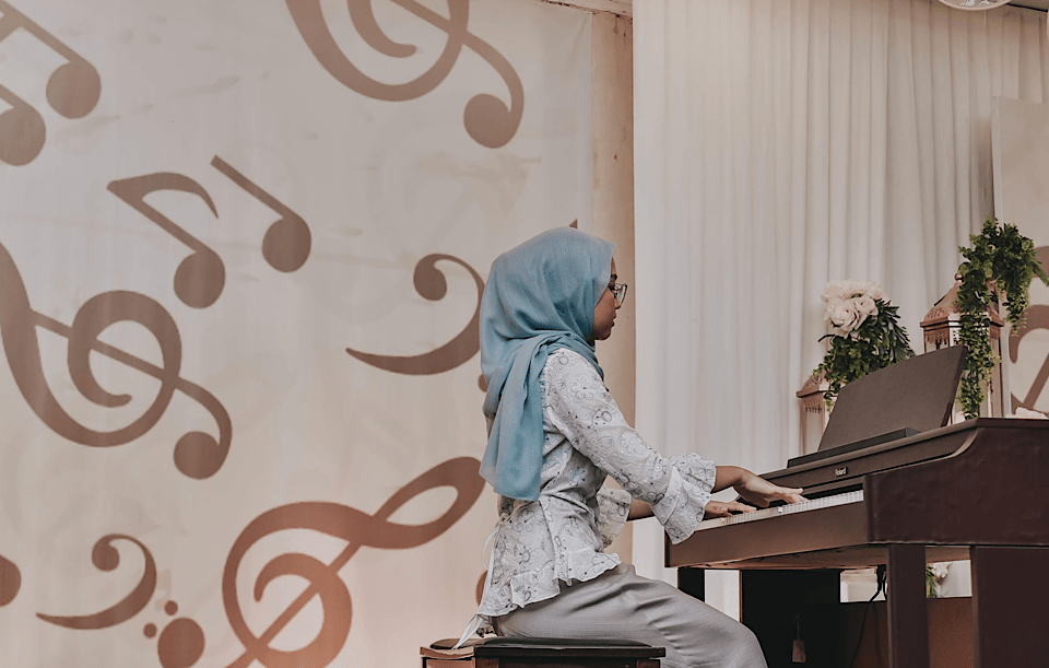 The Girl in The Blue Hijab