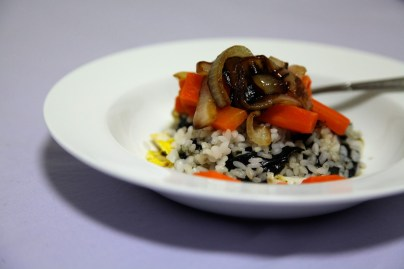 tonight for dinner: rice with egg, seaweed, onion, and carrots. nomz.