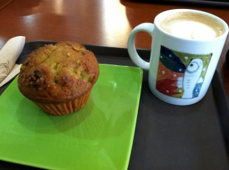 [Name Unknown], Yeoju (near pottery museum) - coffee, muffins; served on cool ceramics