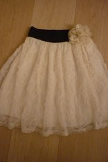 Ladies dress to lacy girls skirt
