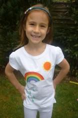 Applique rainbow t-shirt