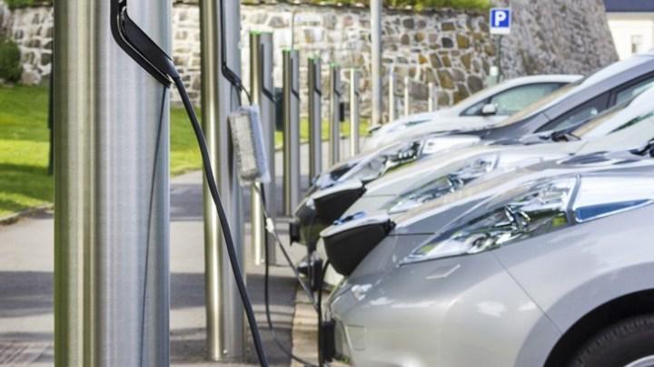 Das Betreiben einer Ladesäule für Elektrofahrzeuge ist nicht leicht. Foto: Haus der Technik