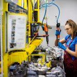 So werden bei Borg Automotive Klimakompressoren aufbereitet