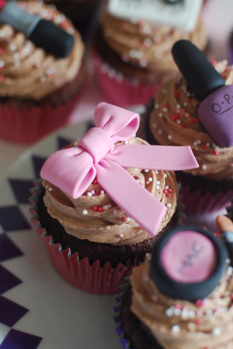 Make Up Cupcakes  Afternoon Crumbs
