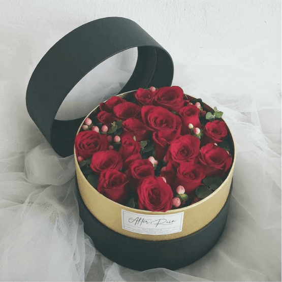Red Roses Fresh Flower Box by AFTERRAINFLORIST