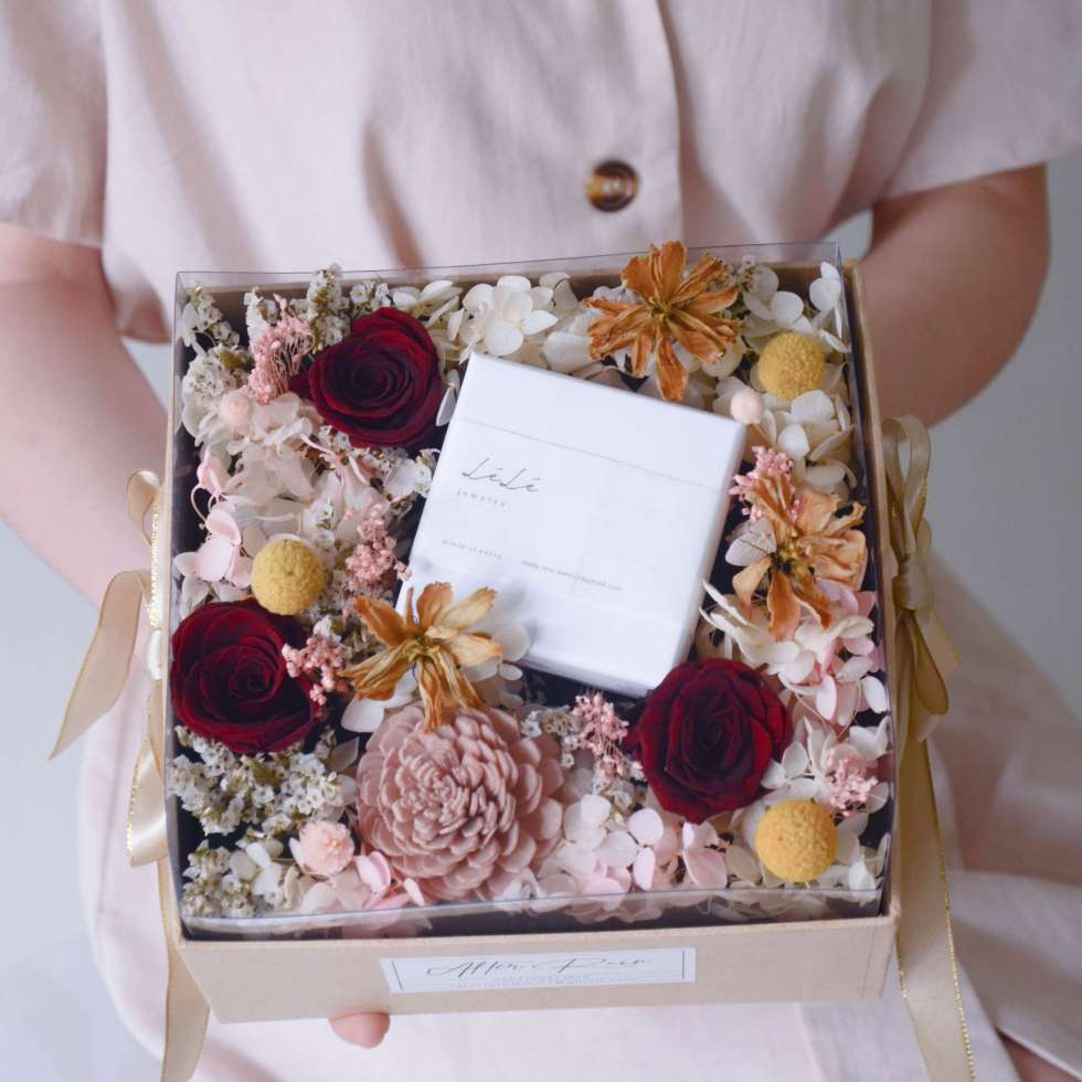 classy flower box with lele jewellery collaboration by AfterRainFlorist, PJ Flower Delivery