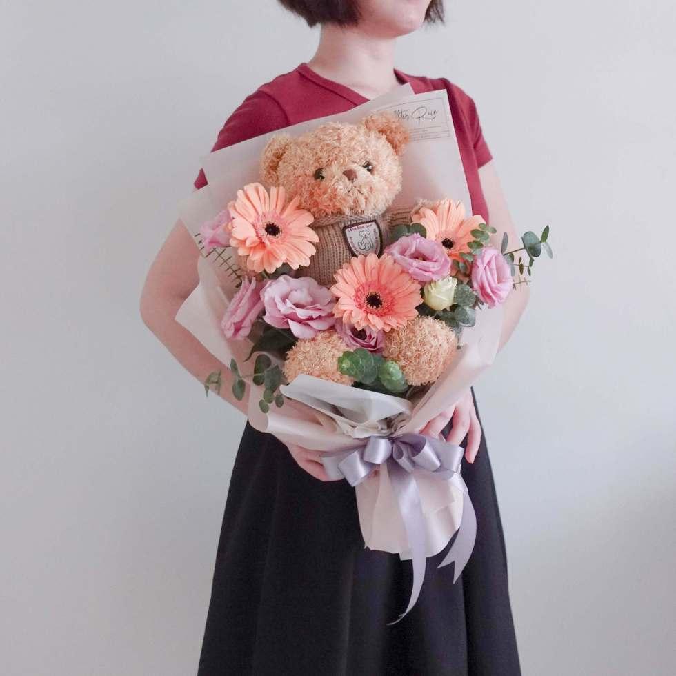 Sweet Cute Bear with Fresh Flower Bouquet by AfterRainFLorist, PJ (Malaysia) online Florist,KL & Selangor / Klang Valley Flower Delivery Service