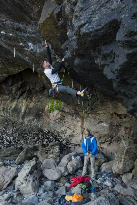 Pymn working a super steep 7a+ in Shipwreck Cove.