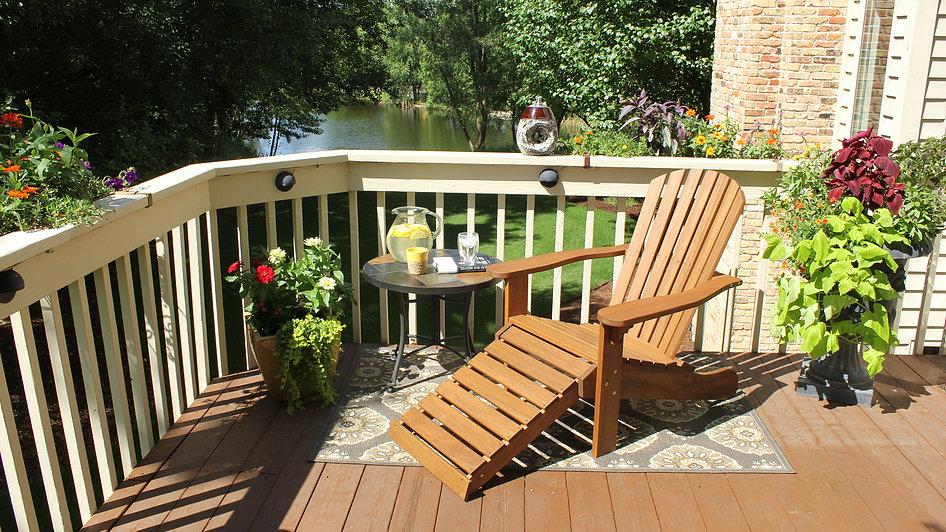 outdoor-interiors-eucalyptus-adirondack-chair