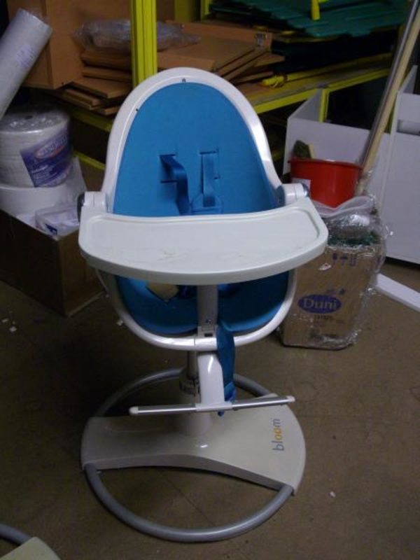 chaise haute bebe fresco bloom bleue n