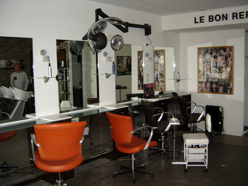 ensemble mobilier salon de coiffure