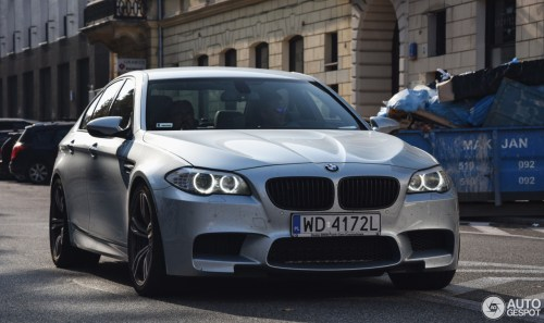 small resolution of bmw m5 f10 2011