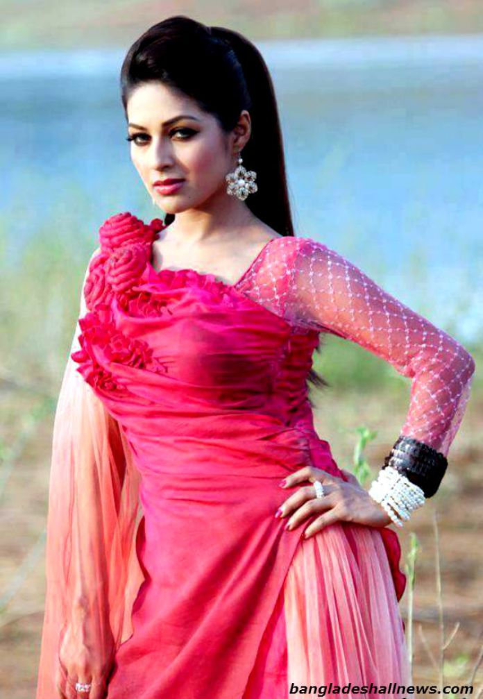 Best of BD Actress Monalisa [20+ Images] & Short Bio 18