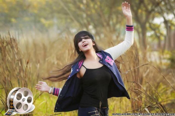 Bangladesh Model & Actress Shahtaj Monira Hashem Bio and Images 16