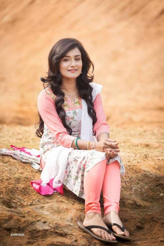 Nadia Nodi Bangladeshi Model & Actress 29