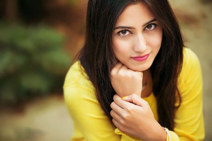 Safa Kabir Bangladeshi Model Actress Biography and Pictures 8