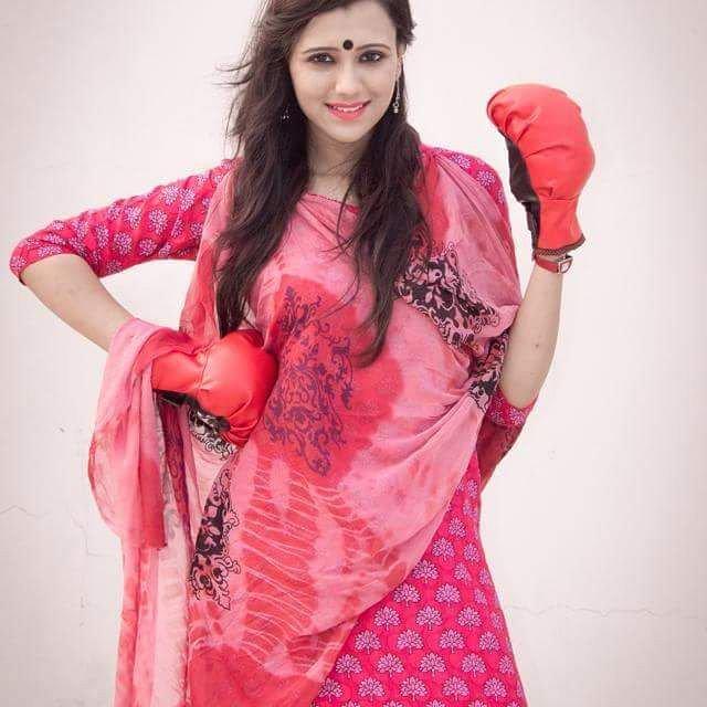 Sabila Nur, Bangladeshi Model & Actress, Images and Short Bio 4