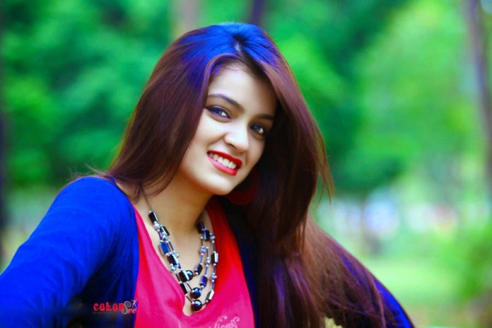 Bangladeshi Model & Actress Sharlina Hossain 28