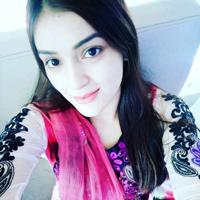 Bangladeshi Model & Actress Sharlina Hossain 30