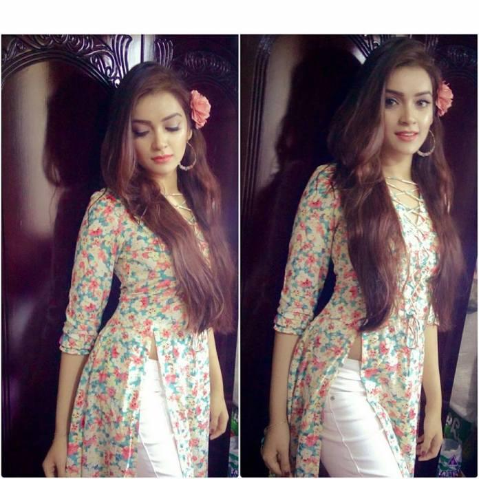 Bangladeshi Model & Actress Sharlina Hossain 7