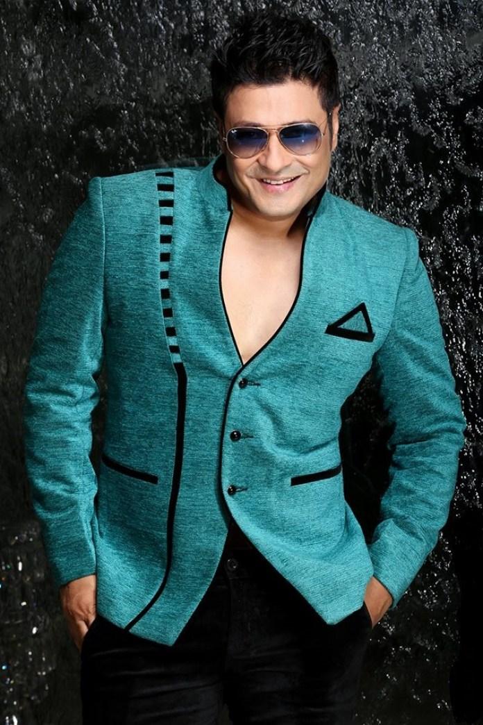 Bangladeshi Actor Ferdous Ahmed Short Biography & Pictures 1