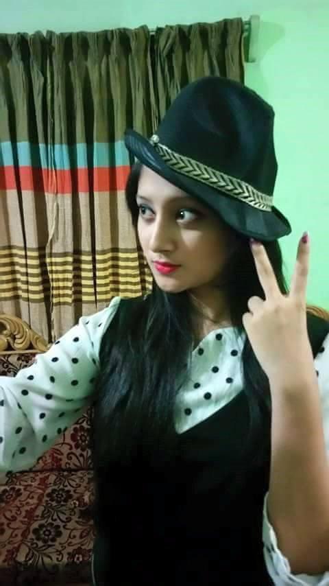 Bangladeshi Actress Puja Cherry Short Biography & Images 10